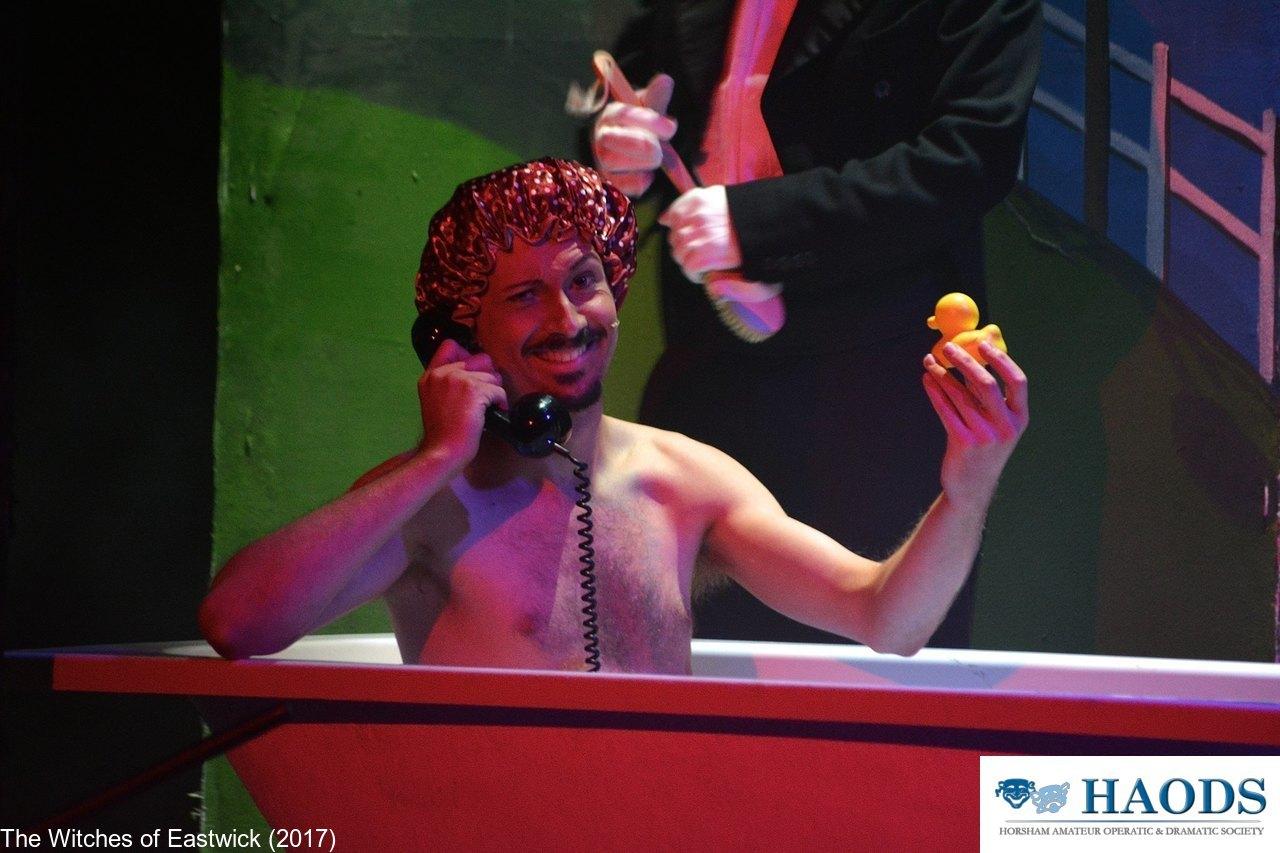 Darryl bathes